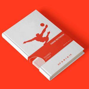 Panini notitieboek met in rood logo omhaal - geruite pagina's
